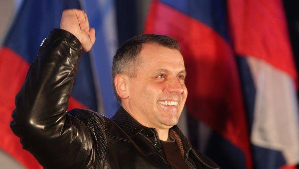 Председатель Государственного Совета Крыма Владимир Константинов, архивное фото