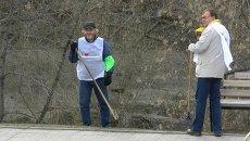 Новости подождут: журналисты Томска убрали набережную реки Ушайки