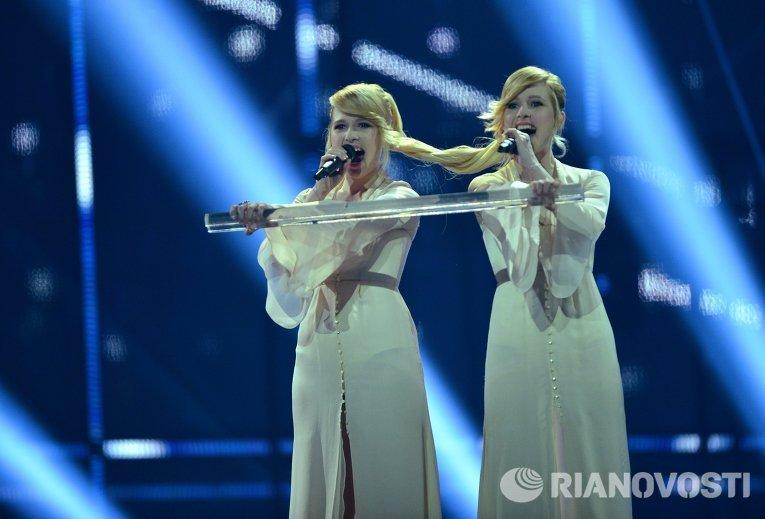 Представительницы России сестры Мария и Анастасия Толмачевы выступают на международном конкурсе песни Евровидение-2014