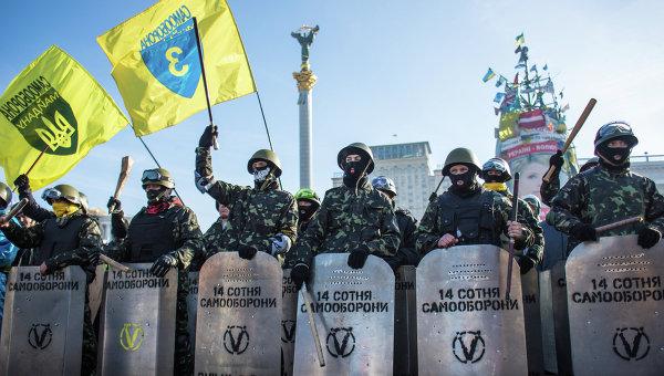 Участники Самообороны Майдана на площади Независимости в Киеве. Архивное фото