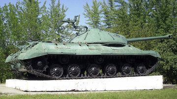 Танк ИС-3 на постаменте. Константиновка Донецкая область. Архивное фото