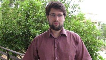 Руководитель Центра экономических исследований Института глобализации и социальных движений  Василий Колташов