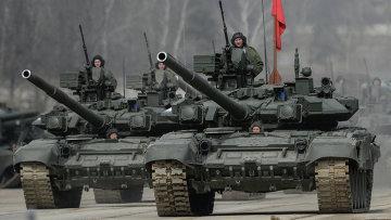 Колонна танков. Архивное фото