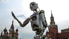 Робот в Москве. Архивное фото