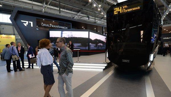 Трамвай R1 компании УВЗ на Международной промышленной выставке Иннопром в Екатеринбурге. Архивное фото