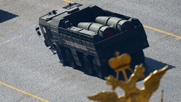 Оперативно-тактический ракетный комплекс ПУ Искандер-М. Архивное фото