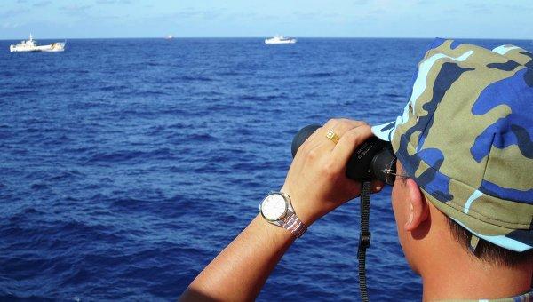 Береговая охрана Вьетнама и Китая в Южно-Китайском море.