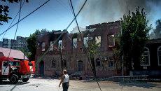 Луганск после артобстрела. Архивное фото