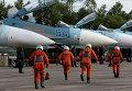 Истребители Су-27 перед взлетом во время учений системы материально-технического обеспечения Восточного военного округа
