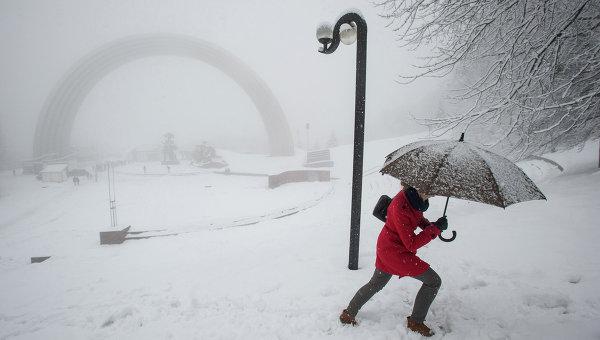 Снегопад в Киеве. Архивное фото