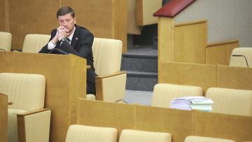 Член фракции ЛДПР Сергей Иванов на заседании Госдумы РФ. Архивное фото