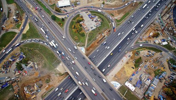 Реконструкция транспортной развязки на пересечении МКАД с Каширским шоссе. Архивное фото