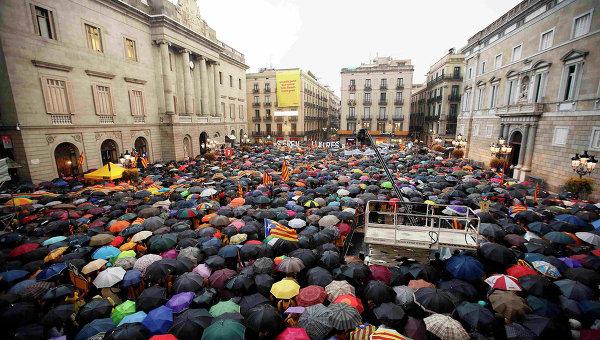 Митинг сторонников независимости Каталонии в Барселоне