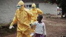 Госпитализация ребенка с подозрением на Эболу в Либерии