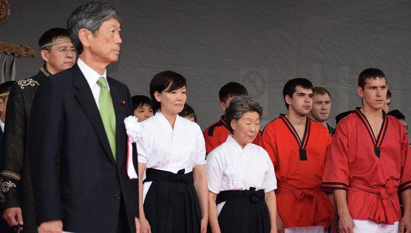 Масахико Комура на церемонии открытия показательных выступлений делегации национальных и традиционных видов спорта РФ