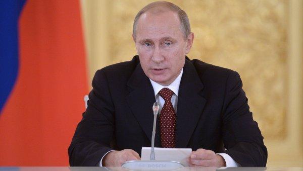 Владимир Путин во время встречи с членами СПЧ 14 октября 2014