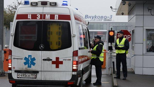 Автомобиль скорой помощи в аэропорту Внуково