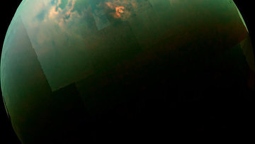 Отражение солнечного света на поверхности северных полярных морей Титана
