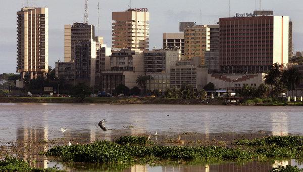 Вид на район Абиджана, Кот Д'Эвуар. Архивное фото