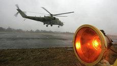 Вертолет МИ 24 ВП взлетает во время учебно-тренировочных полетов. Архивное фото