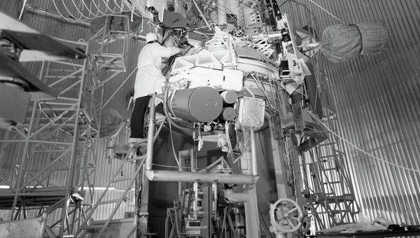 Международный космический проект Вега. Архивное фото