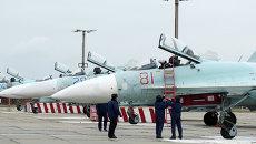 Самолеты Су-27 СМ, прибывшие в расположение 62-го истребительного авиаполка 27-й смешанной авиадивизии ВВС России, базирующийся на аэродроме Бельбек под Севастополем