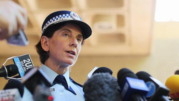 Пресс-конференция представителя полиции в связи с захватом заложников в одном из кафе в Сиднее