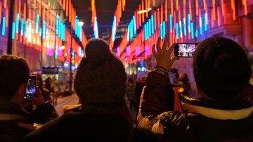 Новогодние инсталяции в Москве. Архивное фото