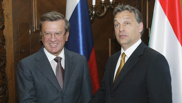 Виктор Зубков и Премьер министр Венгерской Республики Виктор Орбан (слева направо)