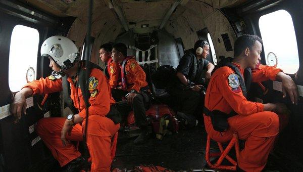 Поисковая операция на месте крушения самолета AirAsia в Яванском море, 5 января 2015