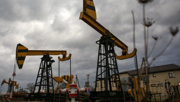 Нефтяные насосы. Архивное фото