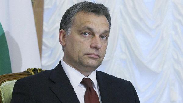 Премьер-министр Венгрии: мигранты устроили против нас восстание