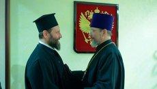 Протоиерей Николай Балашов от имени председателя ОВЦС приветствует архиепископа Охридского Иоанна