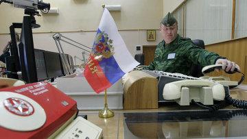 Сотрудник узла связи Системы предупреждения о ракетном нападении Космических войск России. Архивное фото