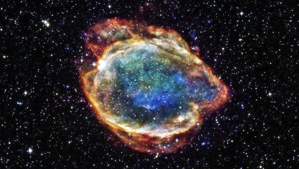 Сверхновая G299 в созвездии Мухи, похожая на гигантский цветок