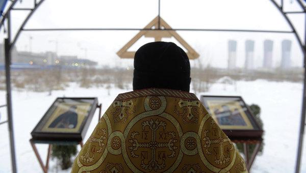 Воскресный молебен на Ходынском поле. Архивное фото