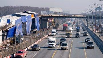 Реконструируемая транспортная развязка на пересечении МКАД и Каширского шоссе в Москве. Архивное фото
