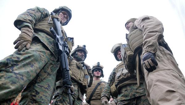 Десант, состоящий из морских пехотинцев США и эстонского разведывательного подразделения Кайтселиита, высажен на берег Балтийского моря в заливе Хаара в рамках эстонской части международных учений Baltops 2010. Архивное фото