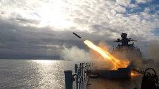 Адмирал Левченко стрелял ракетами на учениях в Баренцевом море
