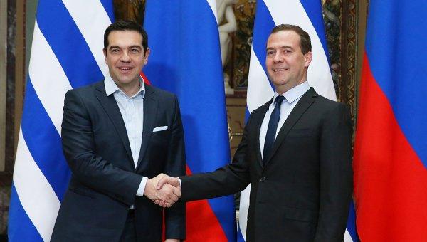 Дмитрий Медведев и Алексис Ципрас, архивное фото
