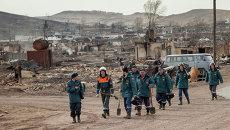 Сотрудники МЧС России в пострадавшей от пожаров Республике Хакасия