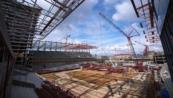 Строительство нового футбольного стадиона ЦСКА на 3-й Песчаной улице в Москве. архивное фото