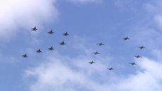 Самолеты выстроились в виде числа 70 на репетиции парада Победы в Алабино