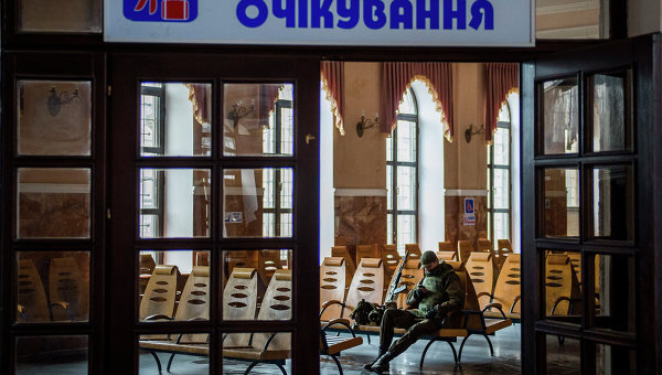 Железнодорожный вокзал в Дебальцево. Архивное фото