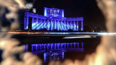 Световые проекции на фасаде театра Российской Армии, посвященные Великой Отечественной войне