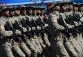 Военнослужащие Национальной армии Азербайджана во время военного парада в ознаменование 70-летия Победы в Великой Отечественной войне