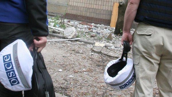 Сотрудники миссии ОБСЕ в Донбассе. Архивное фото