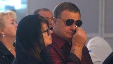 Отец певицы Владимир Фриске и мать Ольга Копылова на церемонии прощания с певицей Жанной Фриске. Архивное фото