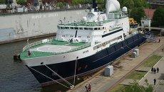Океанографическое судно Янтарь. Архивное фото