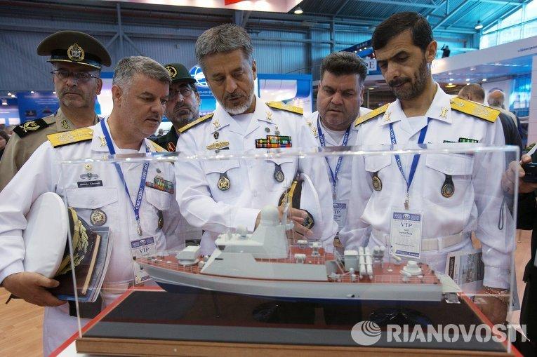 Международный военно-морской салон в Санкт-Петербурге